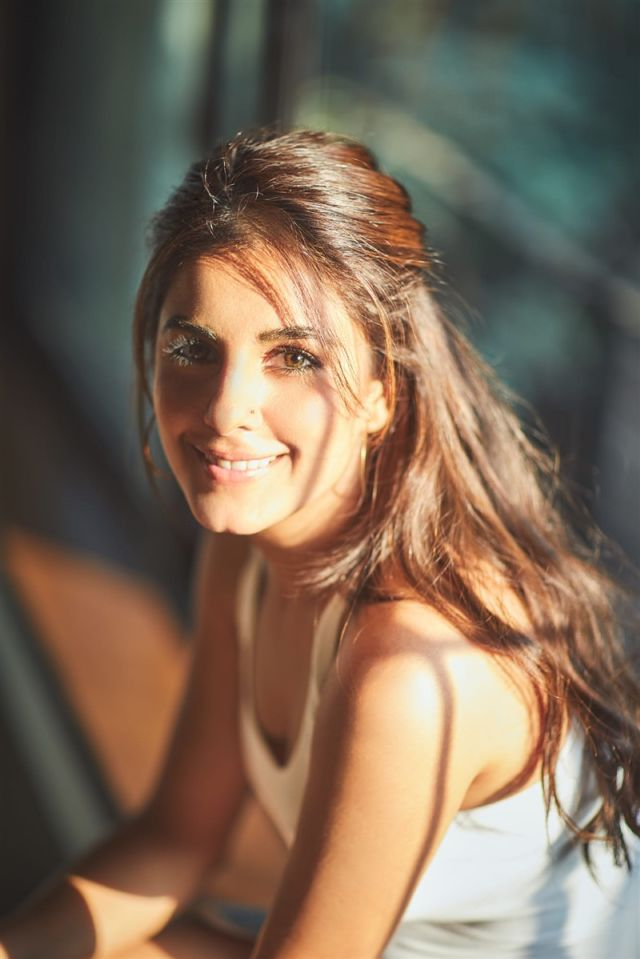100 Most Beautiful Pictures Of Isha Talwar