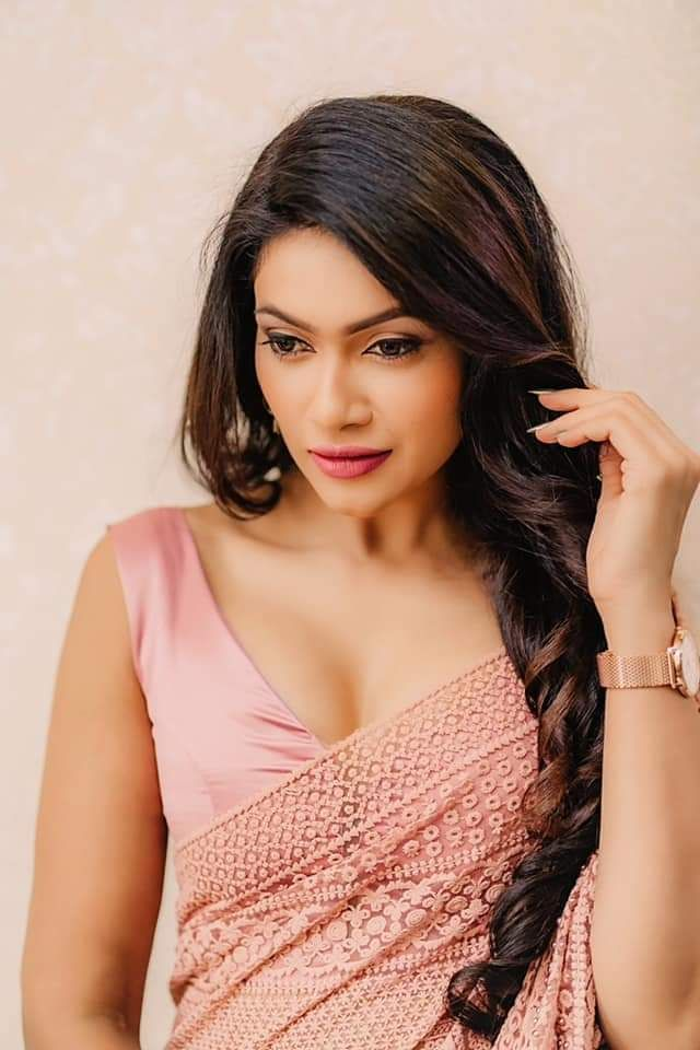 Gorgeous Sri Lankan Actress Chulakshi Ranathunga