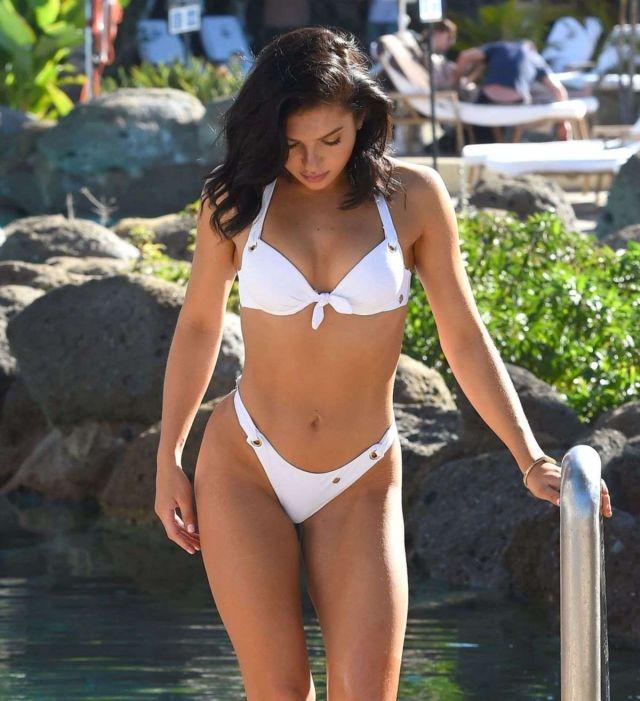 Alexandra Cane In A White Bikini At A Swimming Pool In Cuba