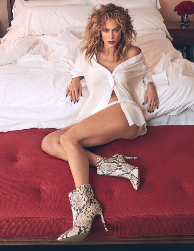 Gorgeous Jennifer Lopez Shoots For DSW