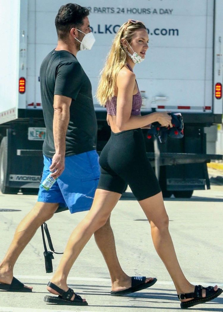 Candice Swanepoel Takes A Sunny Day Stroll In South Florida