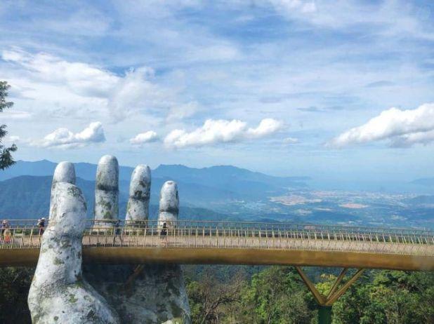 Golden Bridge - A New 'Virtual Living' Destination In Ba Na Hills, Vietnam