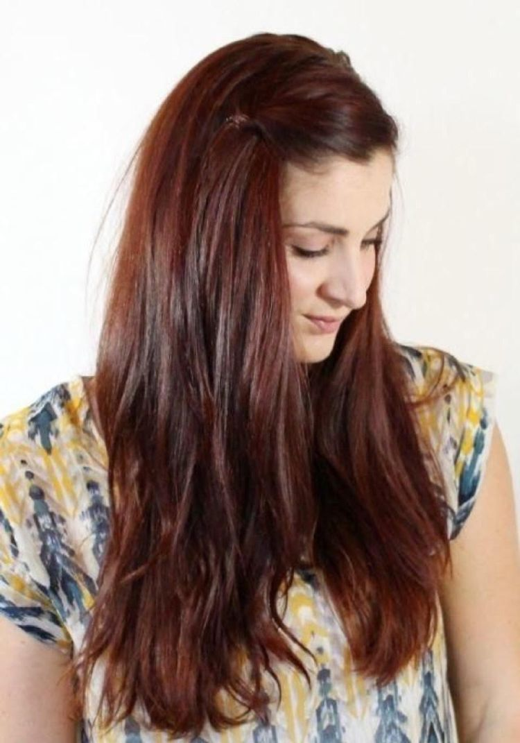 Quick Hairstyles That Are Easy For Ladies To Make Them Look Stylish