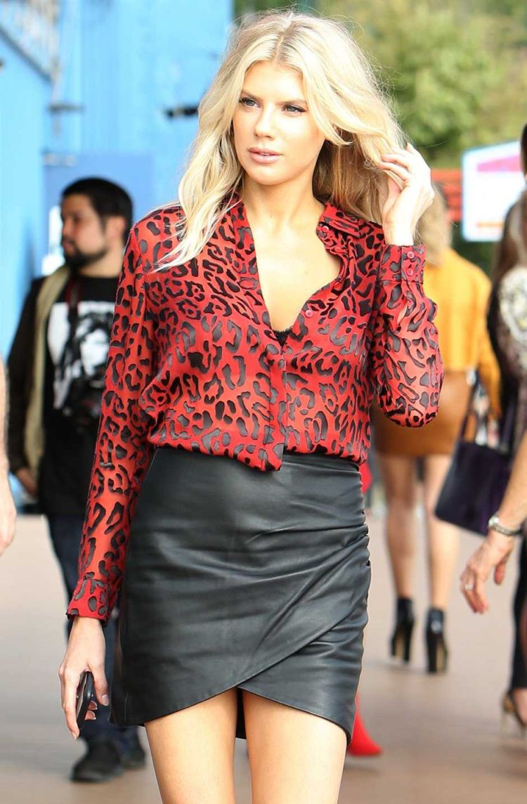 Gorgeous Charlotte Mckinney Out And About In New York