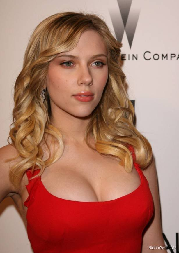 Scarlett Johansson at Golden Globe Awards