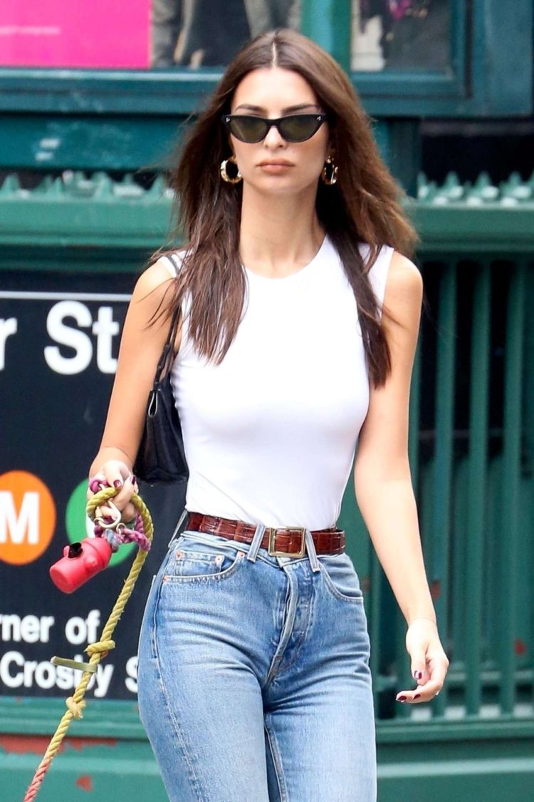 Emily Ratajkowski Spotted In Jeans Out In New York