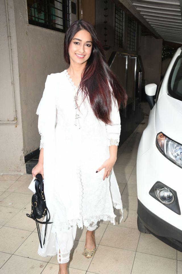 Ileana D'Cruz In A Simple Ethnic White Suit