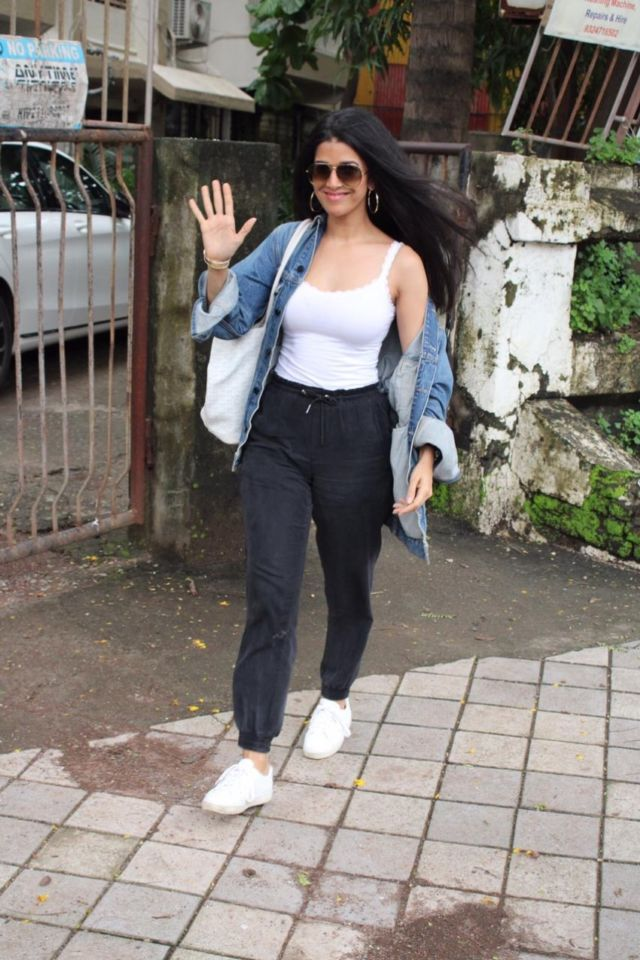 Nimrat Kaur Looks Stylish In Her New Look