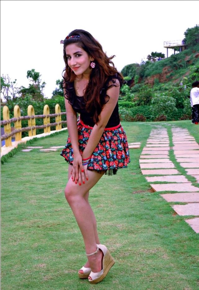 Parul Gulati's Recent Photos From Her Song