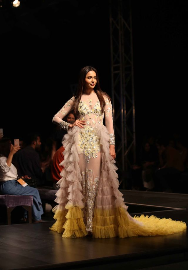 Charming Rakul Preet Singh Walks At Lotus Fashion Week 2019