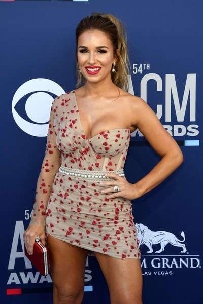 Jessie James Decker Attends The 54th Academy Of Country Music Awards