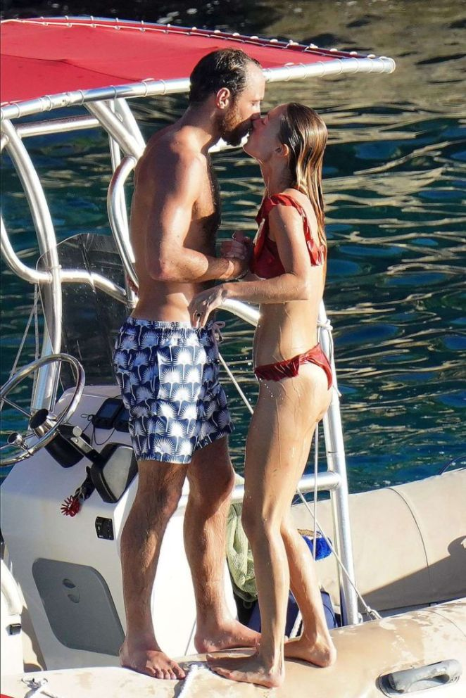 Alizee Thevenet Celebrating New Year With Fiancee On A Boat Trip