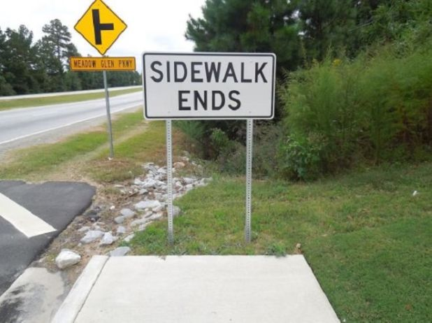 20 Hilarious Signs To Make You Laugh Out Loud