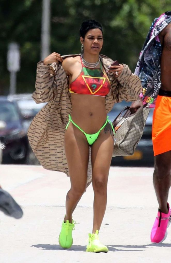 Teyana Taylor On A Bikini Vacation In Miami