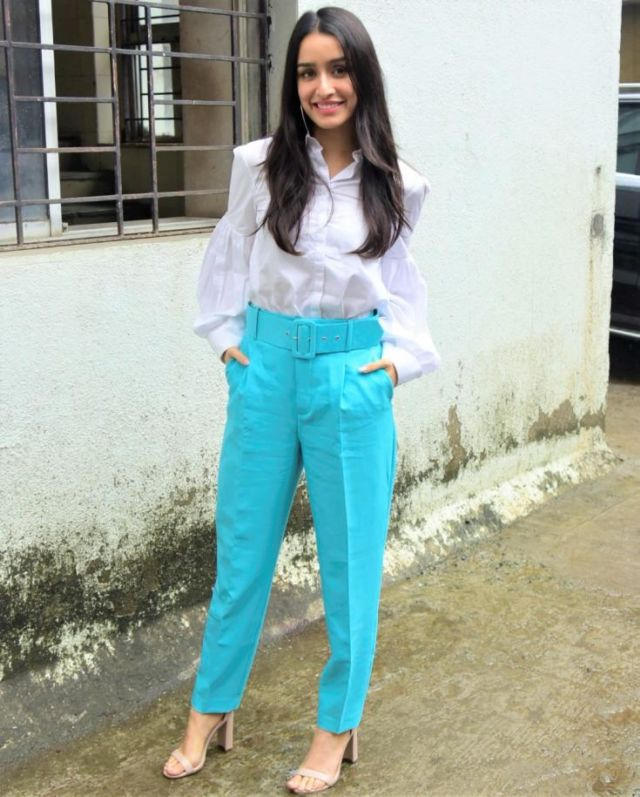 Shraddha Kapoor Sporting A New Style For Chhichhore Promotions