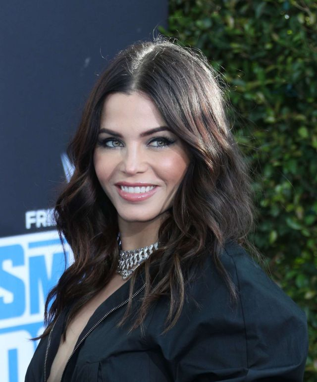 Gorgeous Jenna Dewan Attends WWE Friday Night SmackDown On FOX Premiere