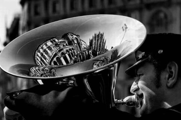 25 Most Amazing Reflection Photography