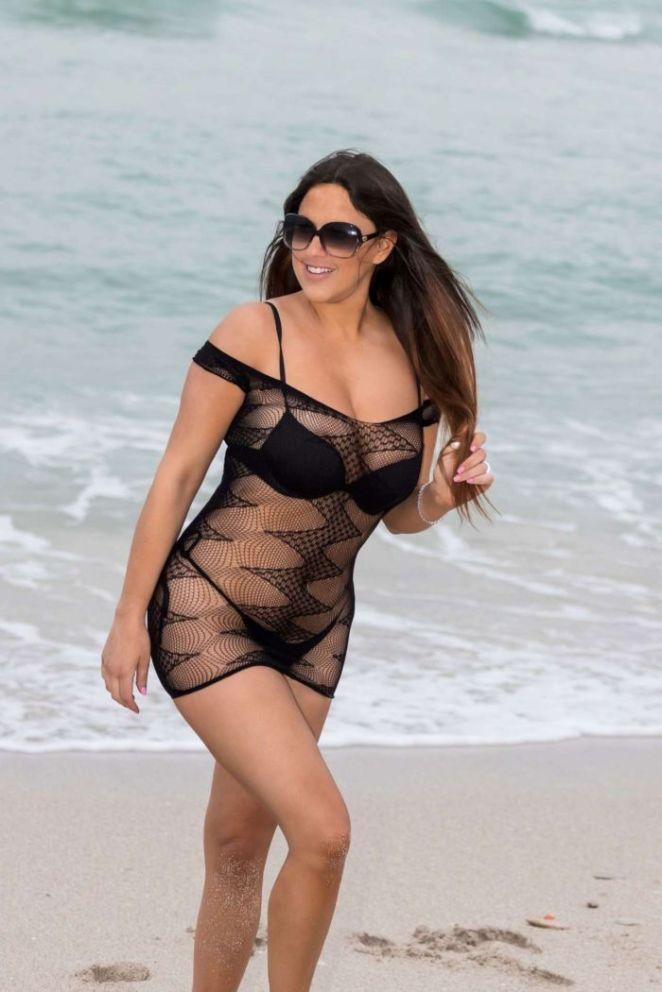 Claudia Romani Photoshoot In A Black Bikini At South Beach
