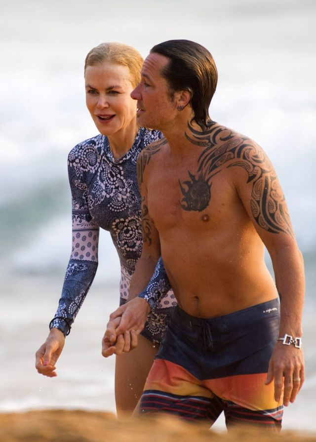 Nicole Kidman In A Swimsuit At The Beach In Sydney