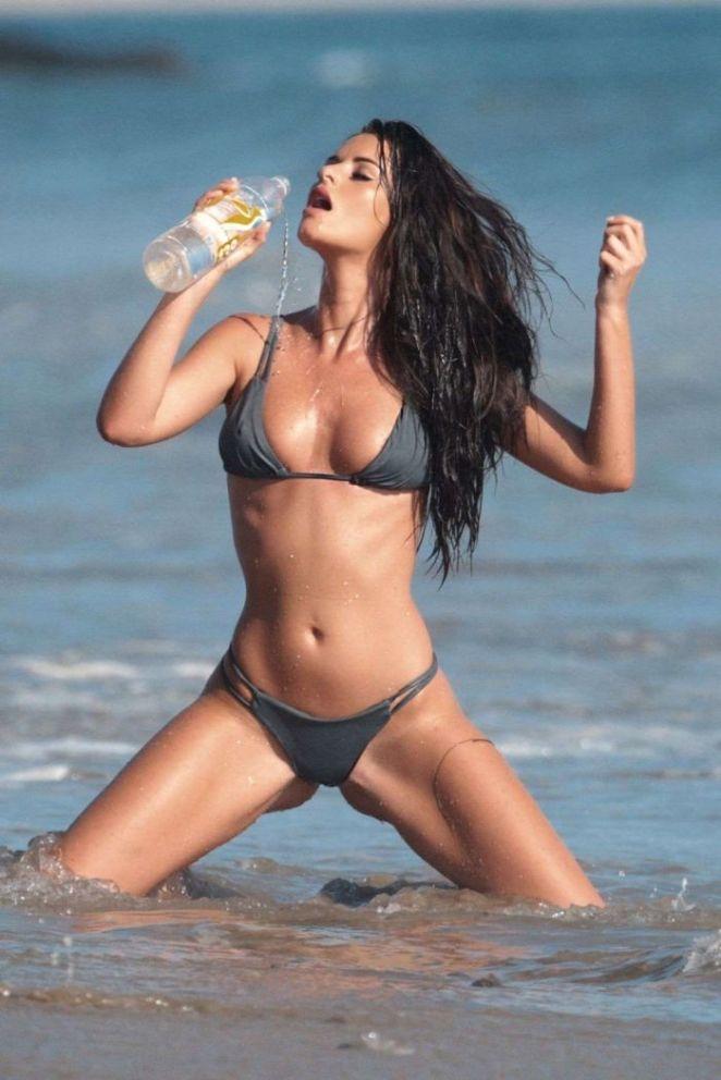 Jaylene Cook's Sensational Bikini Photoshoot For 138 Water
