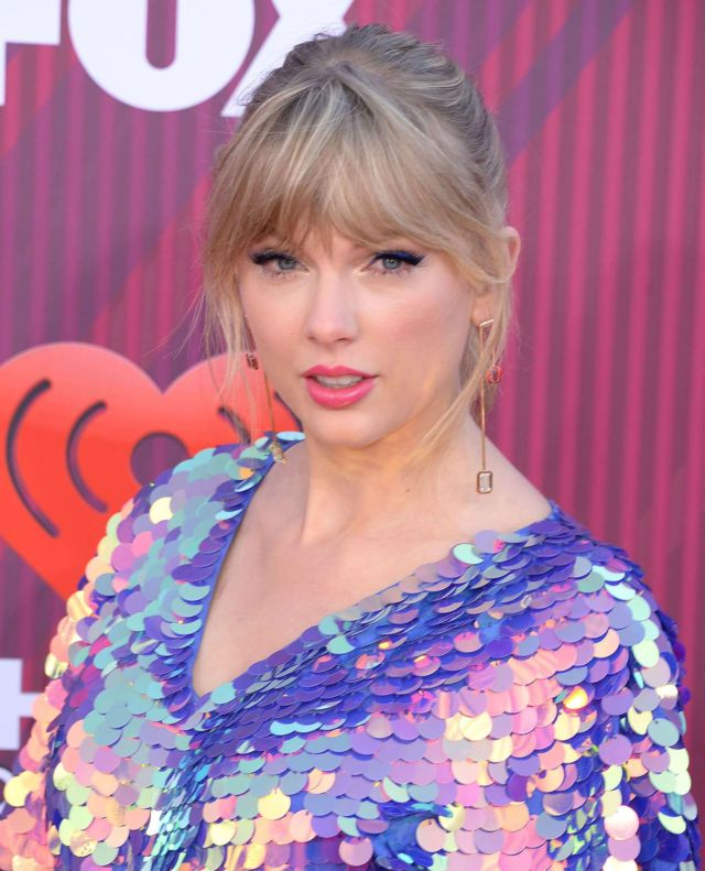 Taylor Swift Attends iHeartRadio Music Awards 2019
