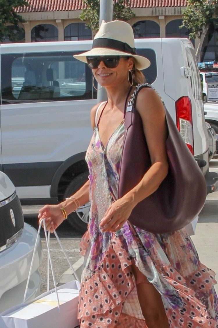 Brooke Burke Shopping Candids In Malibu