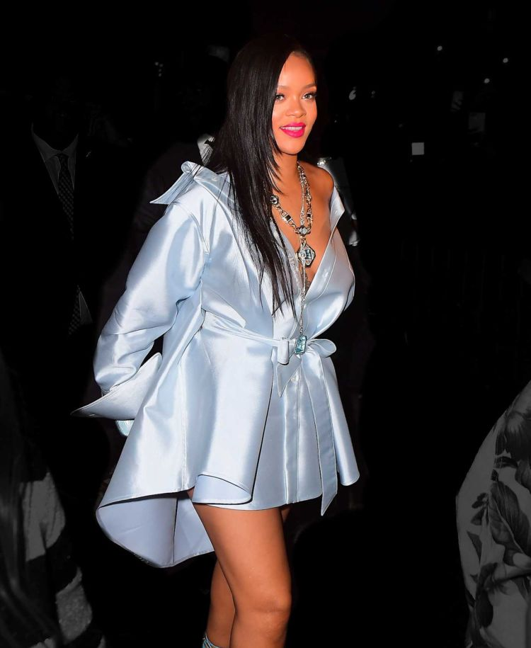 Rihanna Leggy Goes Out For A Night Out In New York