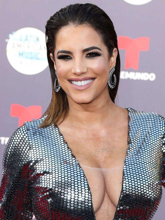Gaby Espino Shines At Latin American Music Awards 2018