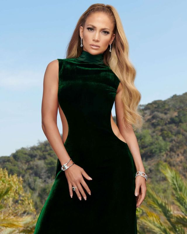 Jennifer Lopez Featured In InStyle Magazine December 2018