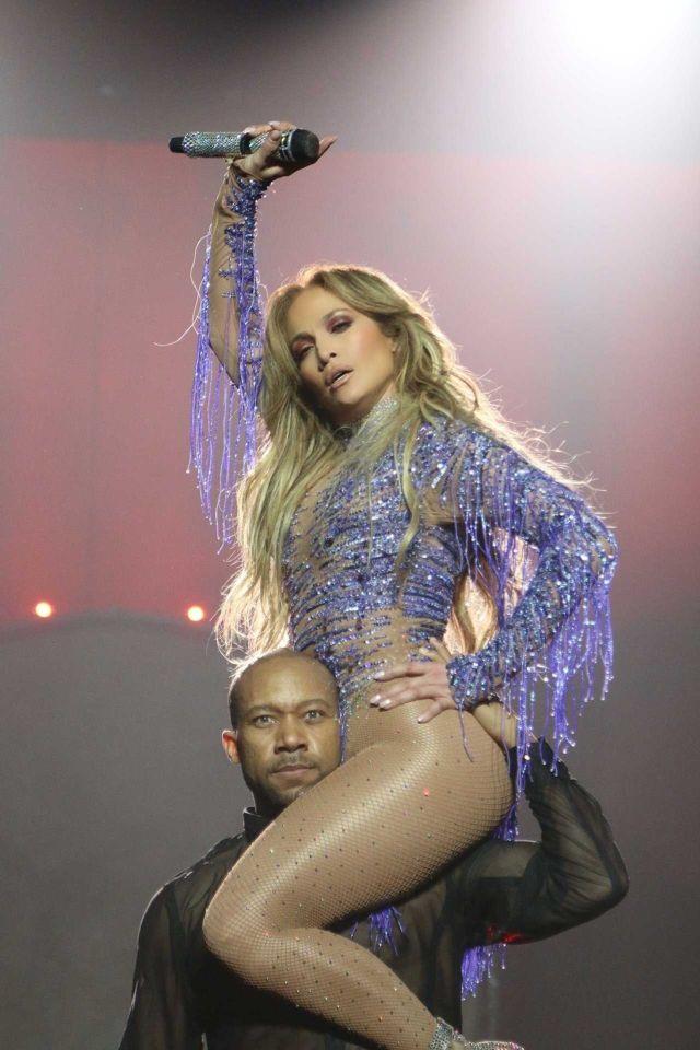 Jennifer Lopez Rocks The Planet Hollywood Live In Las Vegas