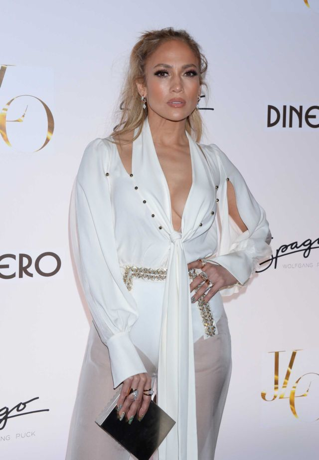 Jennifer Lopez Attended The Release Of New Single Dinero