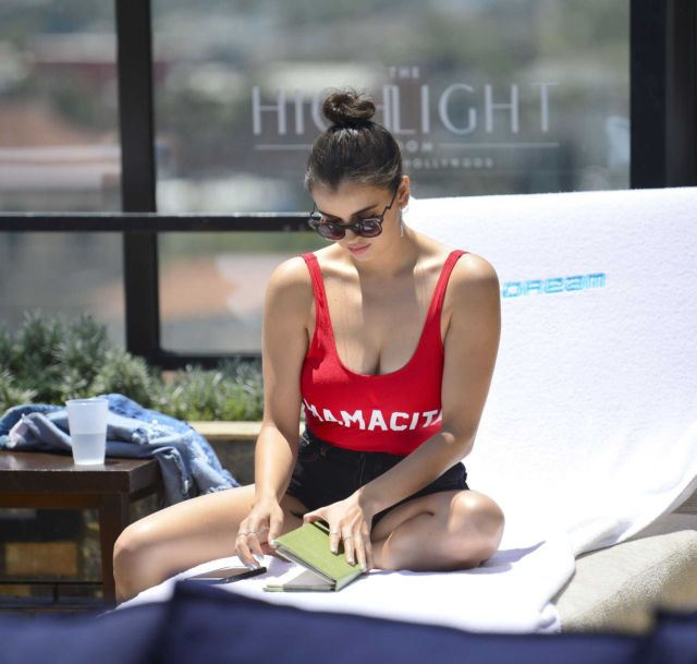 Rebecca Black Look Pretty In Red Swimsuit