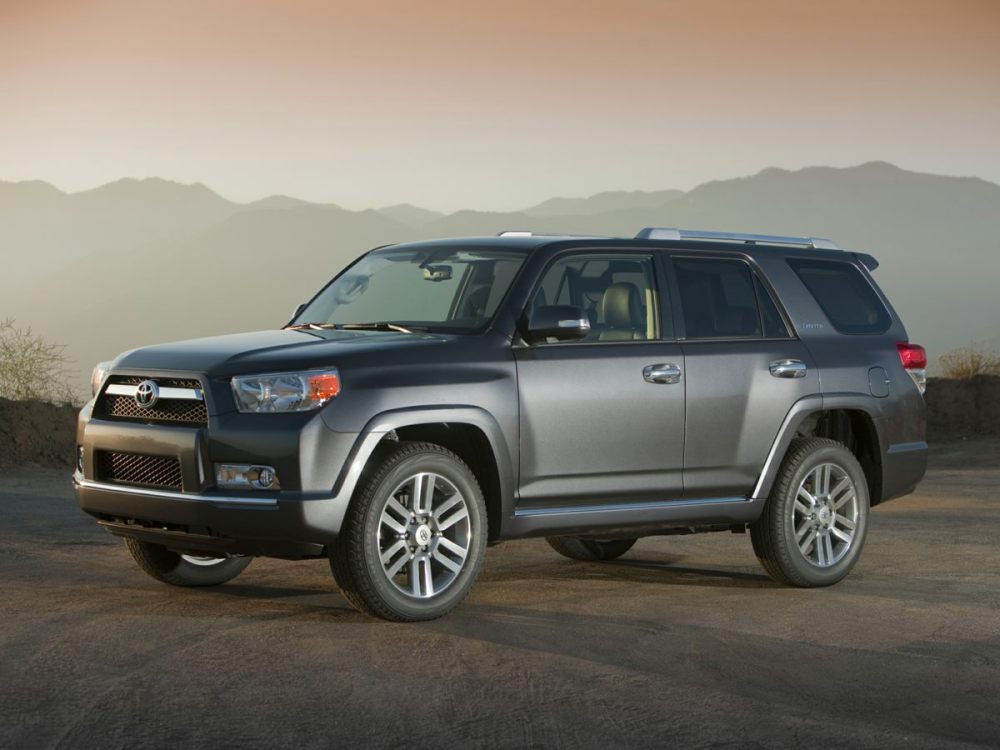 medium resolution of pre owned 2013 toyota 4runner sr5