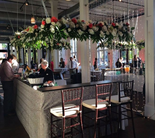 Grand-Hall-bar-w-tulips-(1)