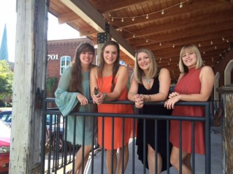 porch-girls