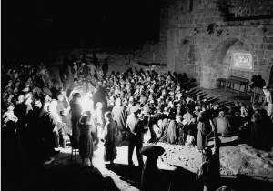 Een openluchtbioscoop in Hebron in 1938