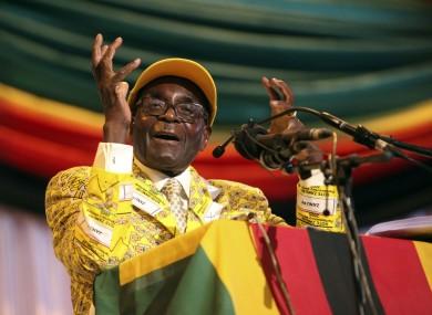 Styling with Robert Mugabe. (Photo courtesy of Unicorn Booty)