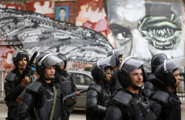 Egyptian riot police (Photo courtesy of Front Line Defenders)