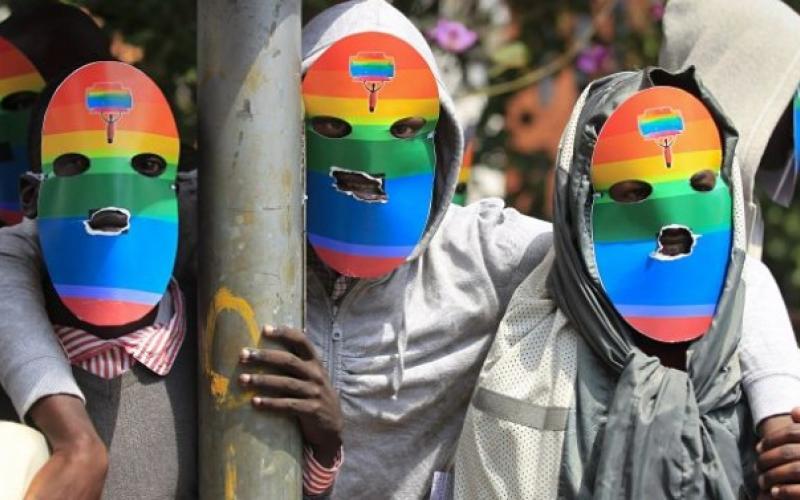 Masked protest (Dai Kurokawa / EPA photo courtesy of Pambazuka News)
