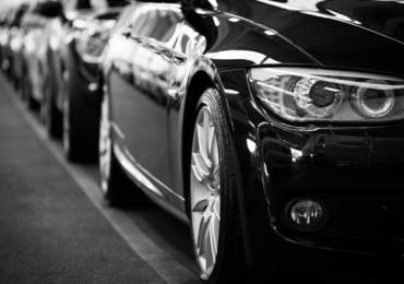 Een auto kopen kan duur zijn, laat ze importeren vanuit Duitsland