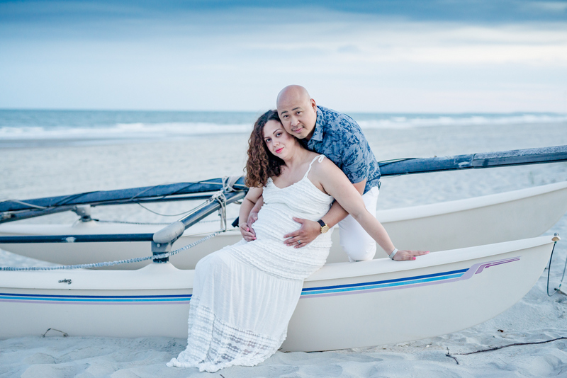 Married couple maternity photos
