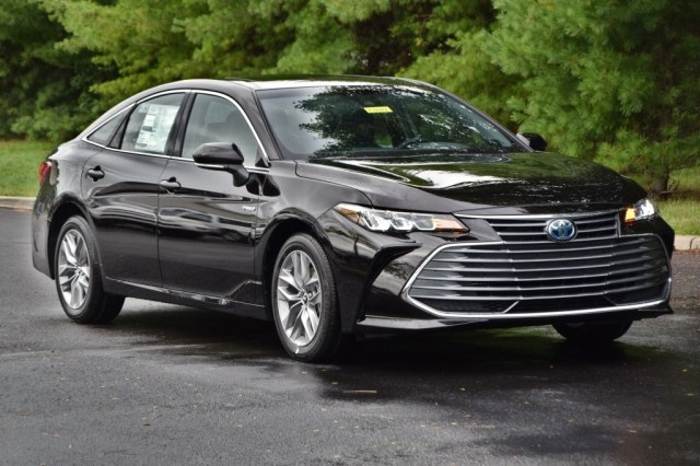 Image result for toyota avalon hybrid xle 2019