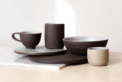"tumblr_p2zycvjkDe1r5vojso1_500 Emblem Identification forNatasha Alphonse Ceramics by way of Shore""Raised in... Design"