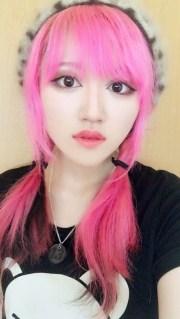 pink hair female fashion model