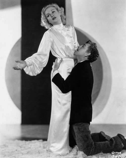 Carole Lombard and John Barrymore as Lily Garland and Oscar Jaffe in Twentieth Century (1934)