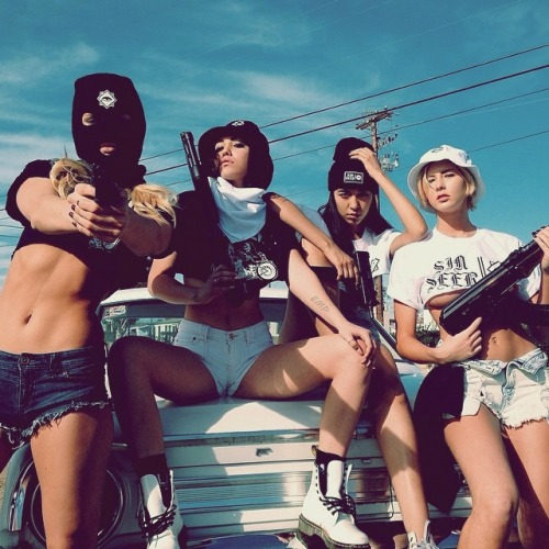 Gangster Girls And Guns Wallpaper Gangsta Girl On Tumblr