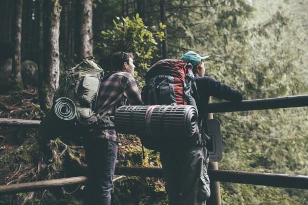 Life In Washington. - Grab Friend And Hiking