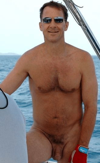 All the hot dads on hot boats you can handle.