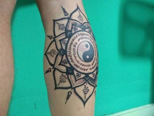 tumblr ovj43rNQ5y1qzabkfo1 500 - This is a Thai sak yant inspired tattoo I got from Panumart...