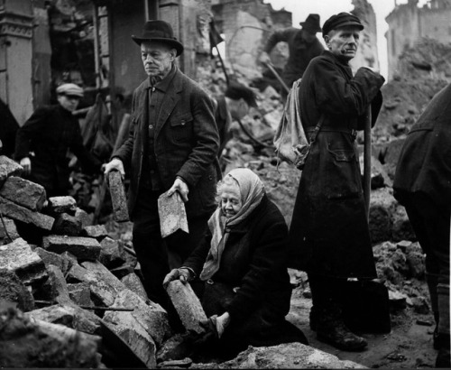 Elderly residents of Dresden, including husband and wife Gustav and Alma Piltz, help to clear the rubble from the bomb-ravaged city after the war. March, 1946. [1200 x 985] Check this blog!